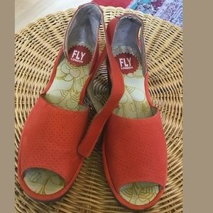 Fly London Yake Leather Ankle Strap Sandal Size 39